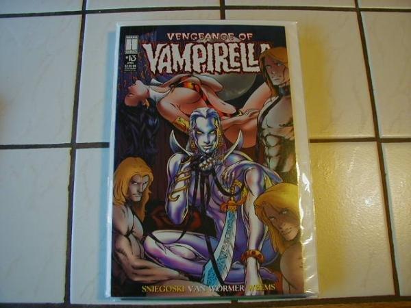 VENGEANCE OF VAMPIRELLA #13 VF