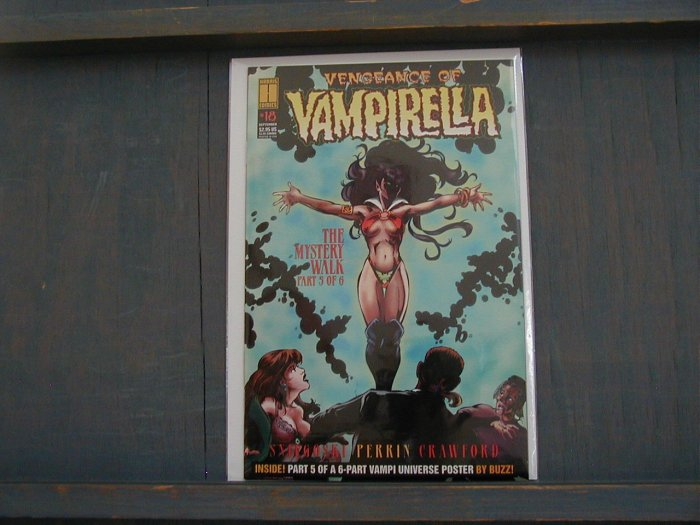 VENGEANCE OF VAMPIRELLA #18 VF/NM