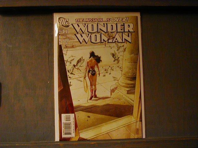 WONDER WOMAN #225 VF/NM (1987)