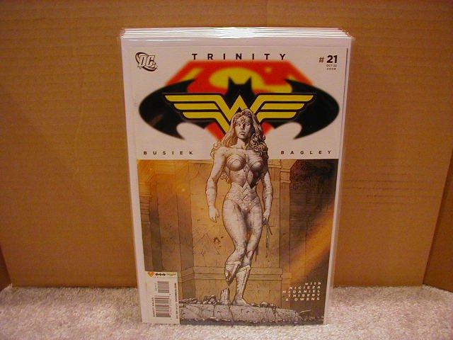 TRINITY #21 NM (2008) SUPERMAN, BATMAN, WONDERWOMAN