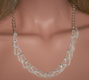 Metal Necklace with Swags
