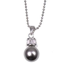 FREE SHIPPING! Pearl and Crystal Pendant with chain
