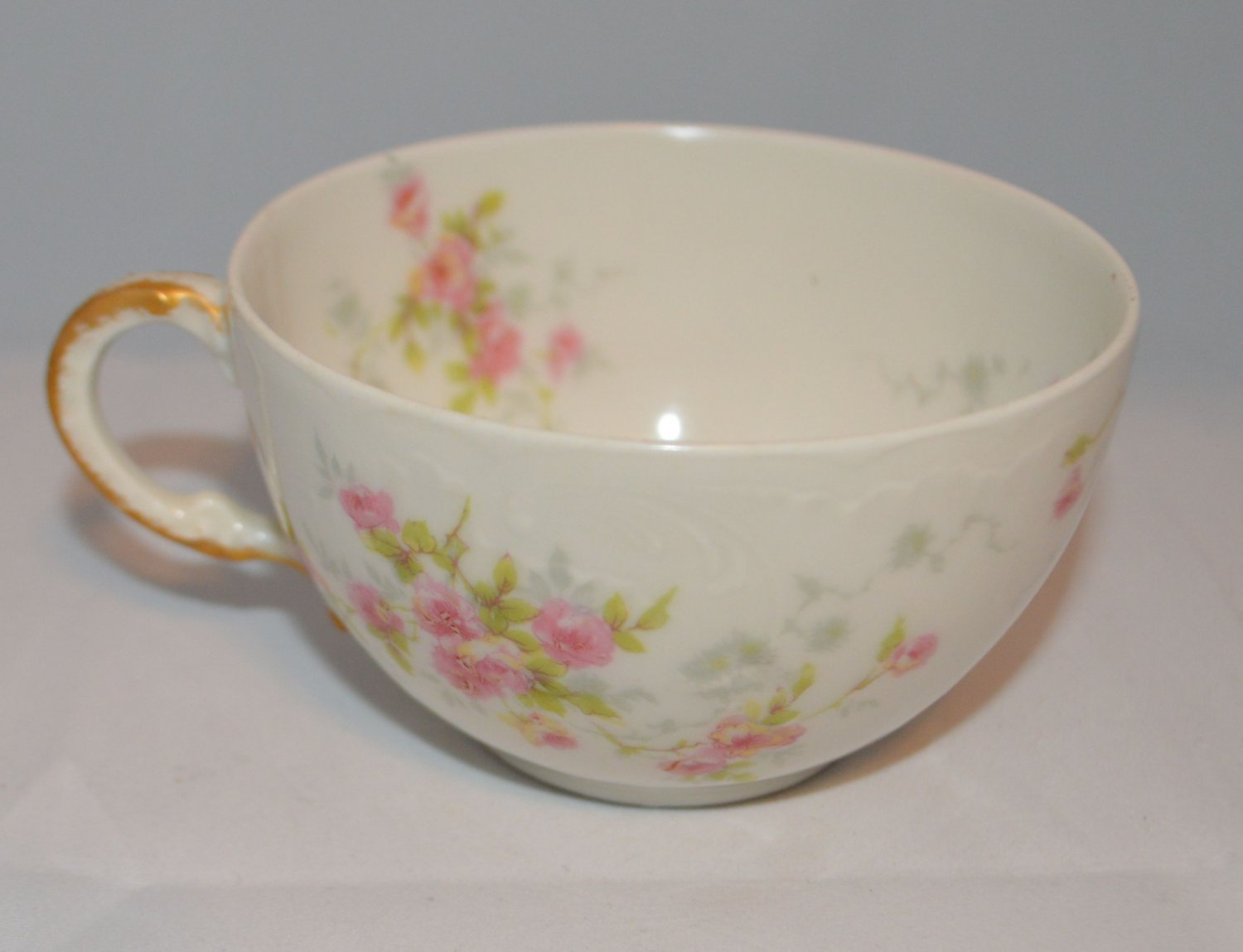 Beautiful Vintage Limoges Teacup Theodore Haviland France