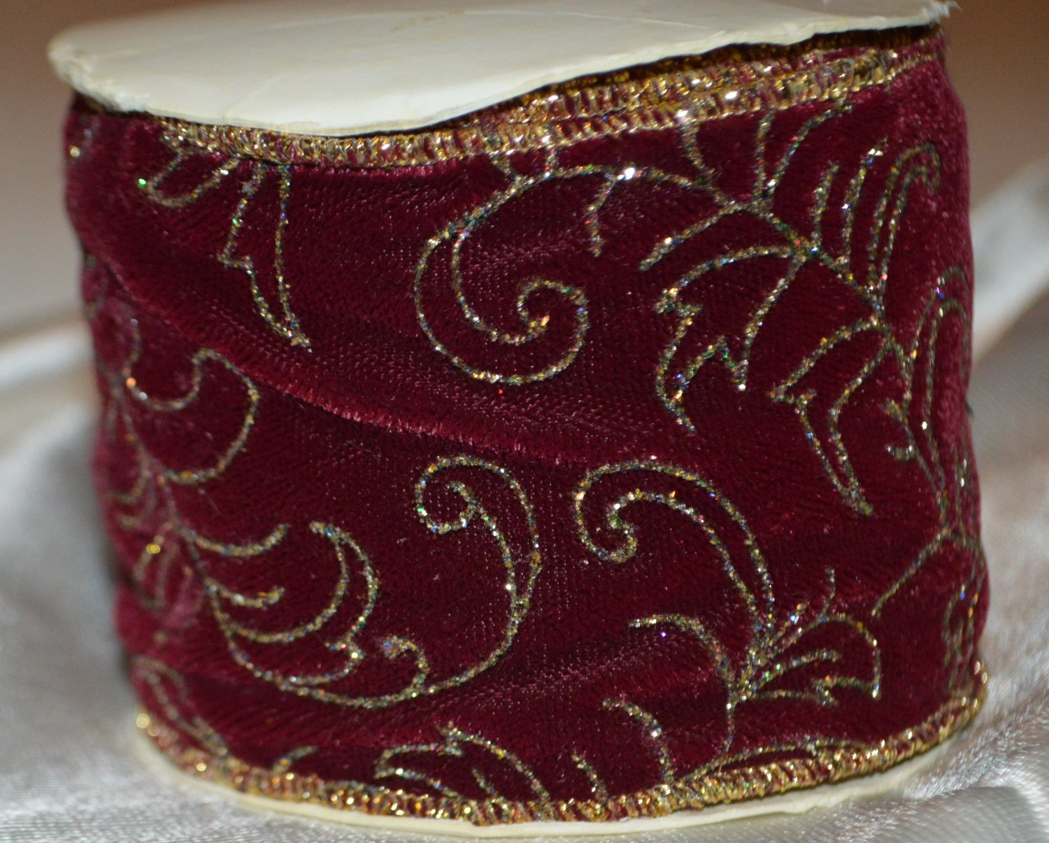 """MSI Glided Ribbon Wire Edge Velvet with scrolling 3 yards - 2 1/2"""""""