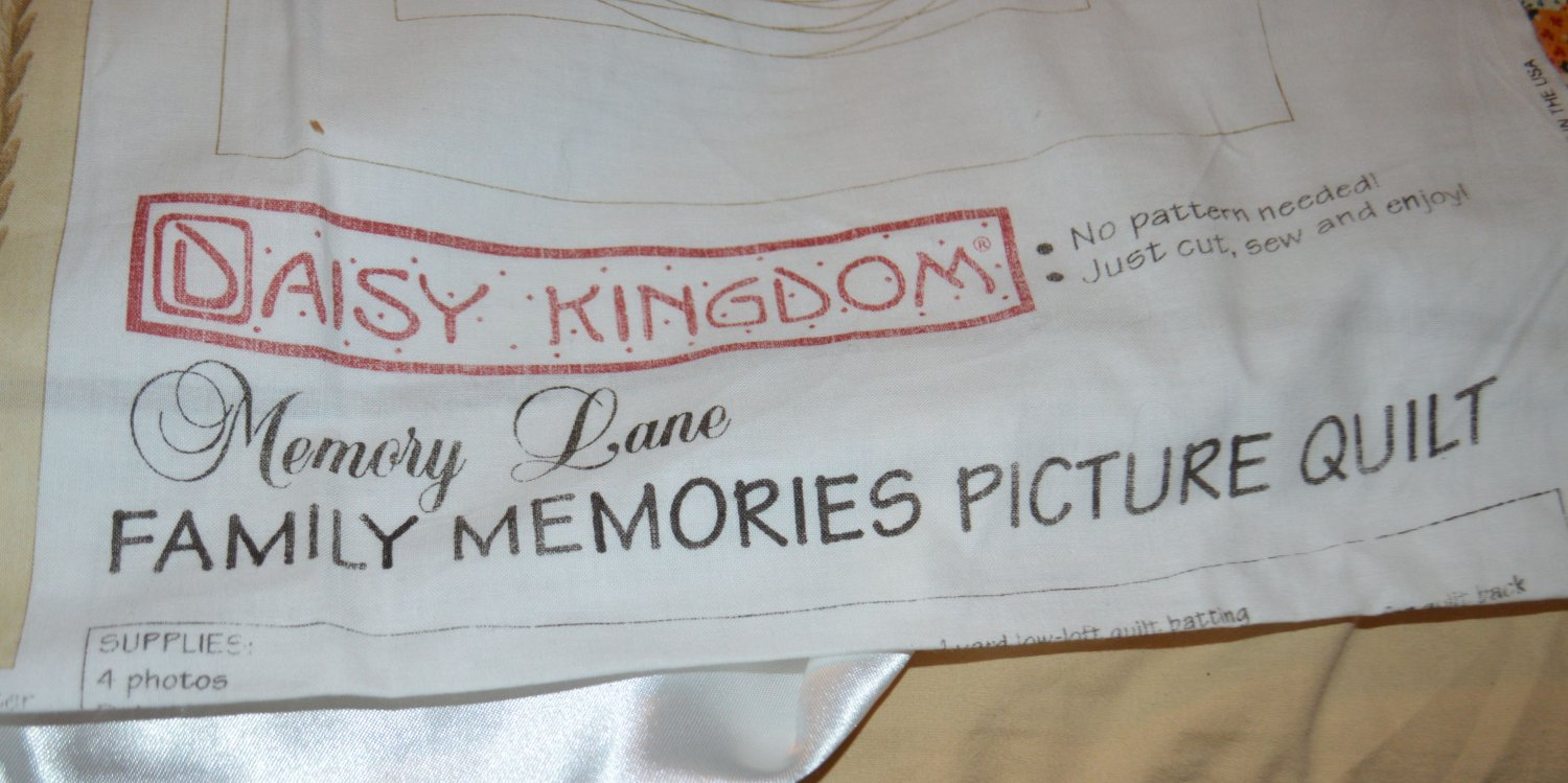 "Daisy Kingdom 2 Complete Panels Memory Lane Picture Quilt 32"" x 32"""