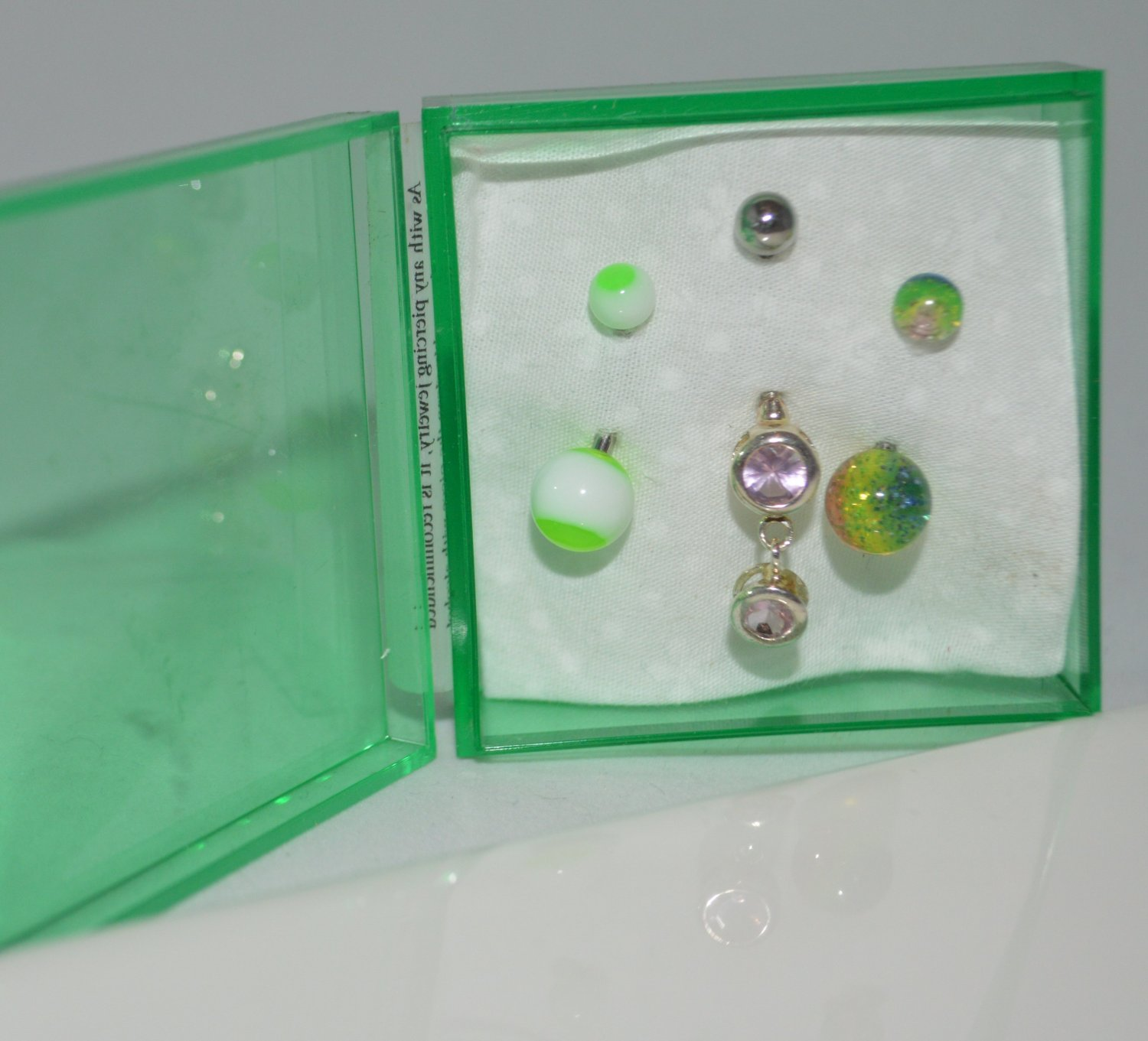 Get Your Green On Green Sparkle Green White & Metal Acrylic Belly Ring