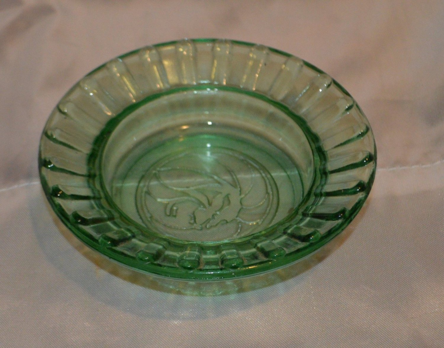 MGM Grand Casino Lion Green Glass Votive or Trinket bowl Souvenir