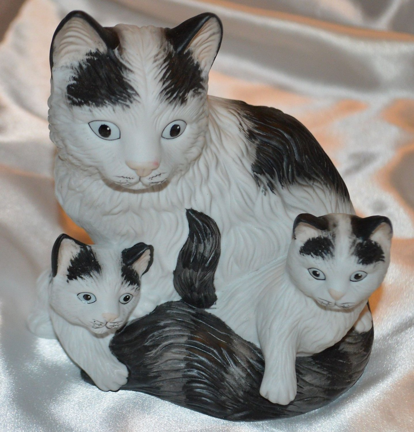 Porcelain Ceramic Feline Cat with Kittens figurine Black & White