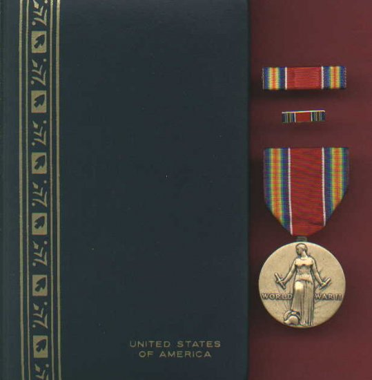 WWII Victory medal in case with ribbon bar and lapel pin