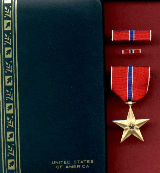 US Bronze Star medal in case with ribbon bar and lapel pin