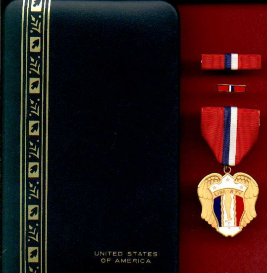 WWII Philippine Liberation medal in case with ribbon bar and lapel pin