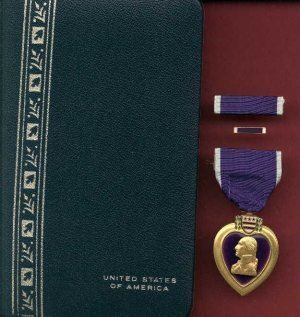 Vietnam Purple Heart medal in case with ribbon bar and lapel pin