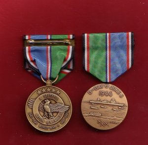 WWII WW2 D-Day medal June 6 1944