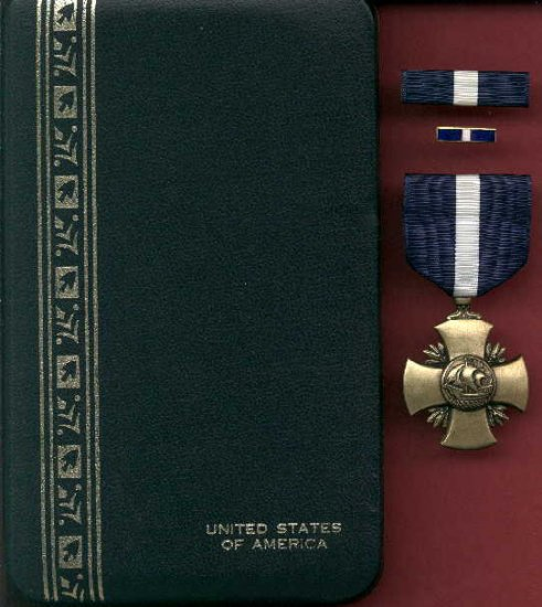 US Navy or Marine Cross Award medal in case with ribbon bar and lapel pin