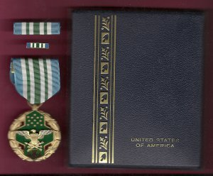 Joint Service Commendation Award medal in case with ribbon bar and lapel pin JS Medal