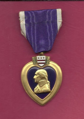 WWII Purple Heart medal award Genuine Vintage medal