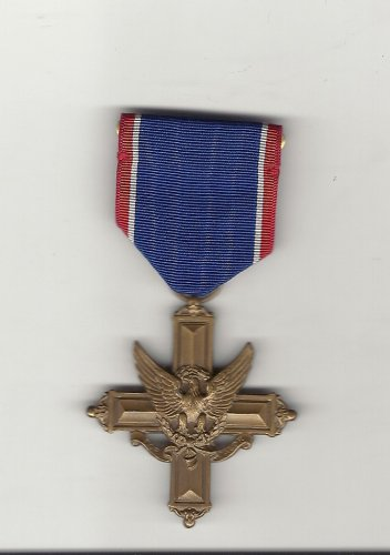 WWII Army Distinguished Service Cross medal  Vintage World War 2