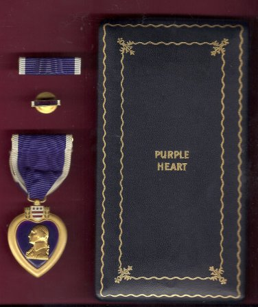 WWII Purple Heart medal in case with ribbon bar and lapel pin Serial Numbered