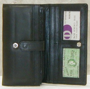 GENUINE LAMBSKIN LADIES WALLET: Luxuriant!