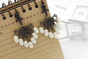 Vintage Ornate Retro Palace Style Pearl Drop Earrings Earring