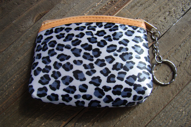 Gray White Leopard Cheetah Animal Print Pattern Coin Lipstick Purse Zipper Key Chain