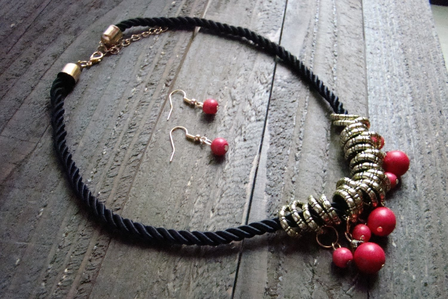 Dangle Red Bead Gold Rings Rope Cord Statement Necklace Earrings Set Boho Fashion Jewelry