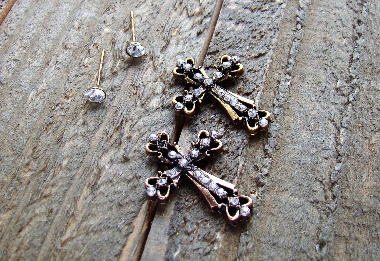 Rhinestone Burnish Gold Cross Stud Set of 2 Pair Earrings Cowgirl Fashion Jewelry Silver Gold