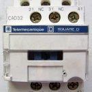 Telemecanique CAD32G7 120 VAC Coil 5 Contact Relay 10 Amp CAD32