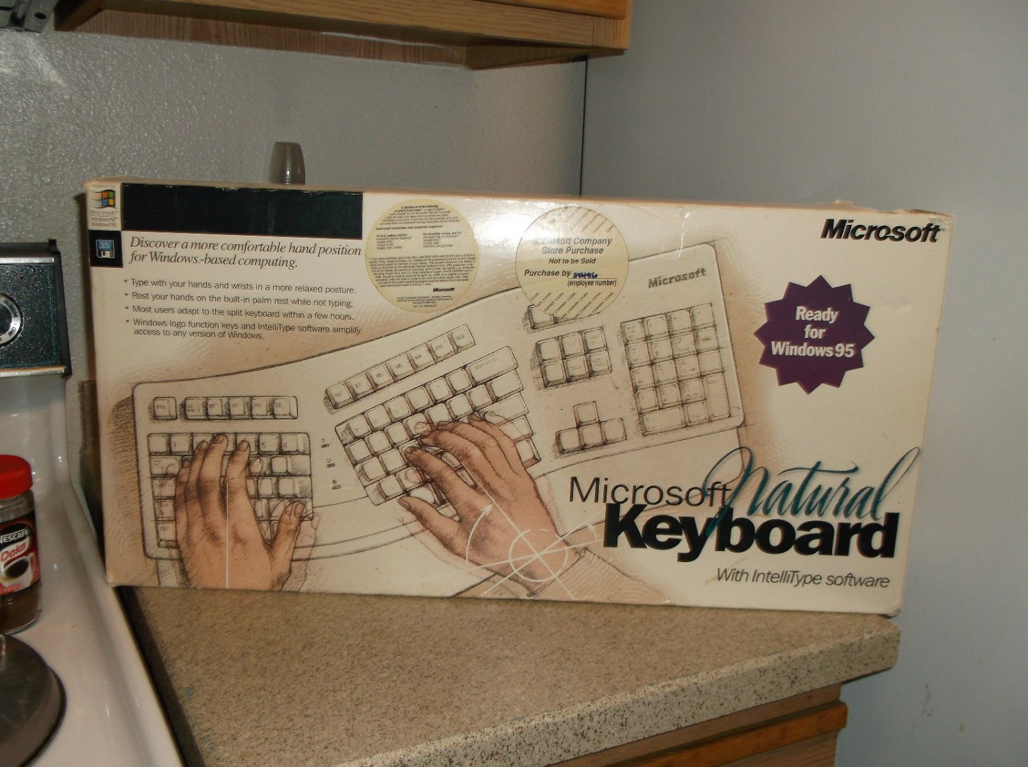 1995 Microsoft Natural Ergonomic 59758 New Collectors Wired White Keyboard With IntelliType Software