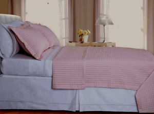 Blush/Pink Checkered Coverlet Set Egyptian cotton 400 Thread count Reversible King/Cal King