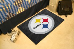 "NFL -Pittsburgh Steelers 19""x30"" carpeted bath door entry way mat"
