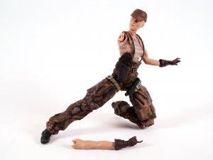 BROKEN Olga Metal Gear Solid 2 Sons of Liberty Figure by McFarlane Toys