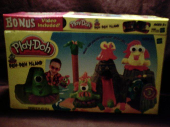NIP Hasbro Play-doh Doh-Doh Island playset with bonus clay animation video