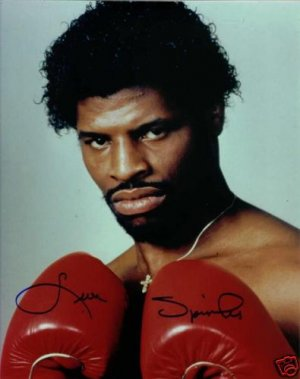 LEON SPINKS SIGNED AUTOGRAPHED RP PHOTO CHAMP GLOVES UP