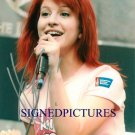 HAYLEY WILLIAMS SIGNED AUTOGRAPHED 8x10 PROMO PHOTO CUTE PARAMORE