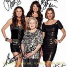 HOT IN CLEVELAND AUTOGRAPHED SIGNED CAST 8x10 PHOTO BETTY WHITE BERTINELLI LEEVES +