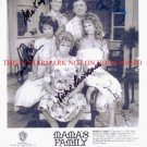 MAMAS FAMILY CAST AUTOGRAPHED 8x10 RP PHOTO BY 5 MAMA'S