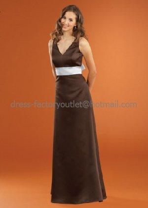 V-neck Long Bridesmaid Dress Brown Sash White Sash Pleated Bridal Evening Dress