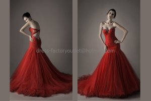 Layered Red Tulle Bridal Dress Sweetheart Ball Gown Bag Hip Wedding Dress Bridal DRESS Sz 24 6 8 10+