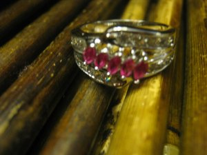 New 21.9 ctw White Gold Plated Ring with Pink Garnet & White Topaz Free Ship Lower 48