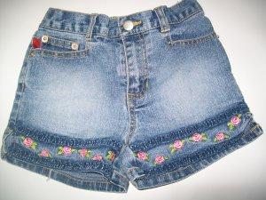 "Girls Shorts sz 6 ""Bongo"""