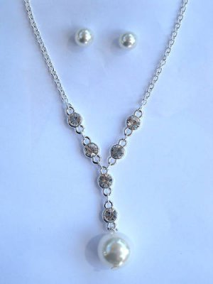 Crystal Pearl Necklace earrings set V neck round