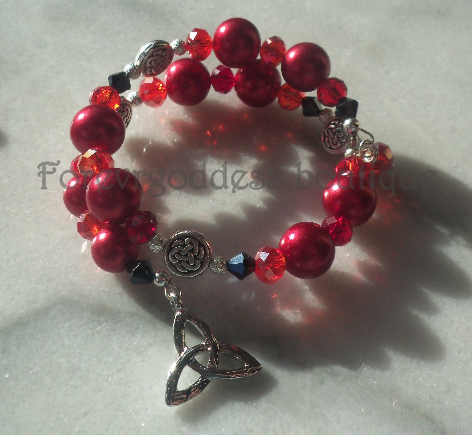 RED Pearls & Crystal/Celtic knot  memory wire BR