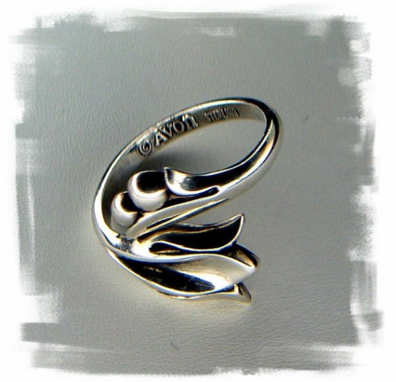 Vintage Avon Sterling Lily Ring- 1970's