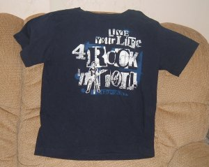 Boys GAP size 8 Rock and roll tee