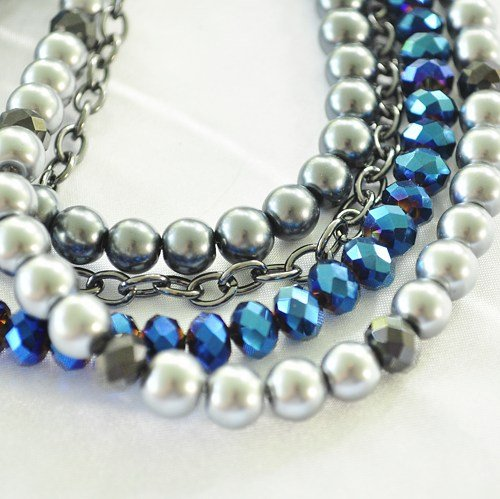 Necklace pearl and crystal with chain multistrand