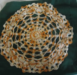 """Vintage 19"""" Pineapple Gold Yellow Variegated Crocheted Doily"""