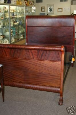 ANTIQUE AMERICAN EMPIRE MAHOGANY SLEIGH BED CLAW FEET