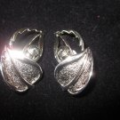 Vintage leaf clip on silver tone sarah coventry earrings chic wow