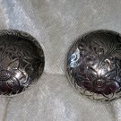 Button flower leaf etched silvertone clip on gorgeous vintage1 ½ inches round